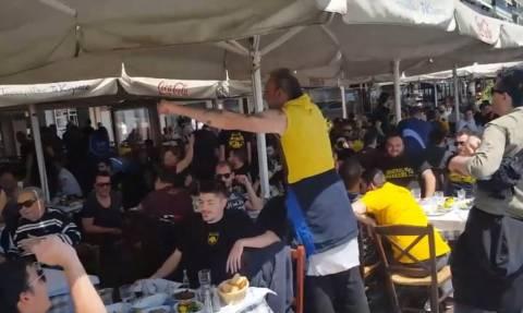 Τελικός Κυπέλλου: Τα… έσπασαν στα τσιπουράδικα του Βόλου οι οπαδοί της ΑΕΚ