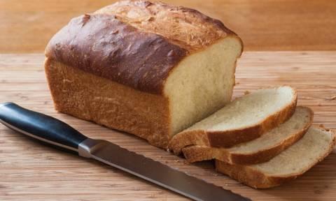 Μεγάλη ανατροπή: Το λευκό ψωμί είναι τελικά πιο υγιεινό από το ολικής άλεσης!
