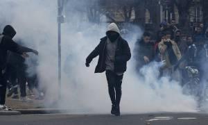 Γαλλία: Σφοδρές συγκρούσεις νεαρών με την αστυνομία (Pics+Vids)