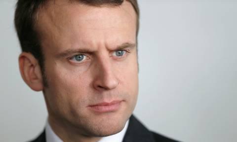 Εκλογές Γαλλία: Ο Μακρόν σε τελετή για τη νίκη κατά της ναζιστικής Γερμανίας