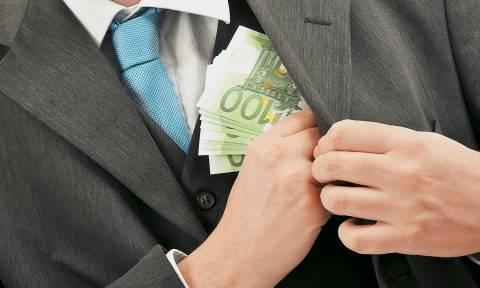 Αγόραζαν βίλες με τα «θαλασσοδάνεια» που άρπαζαν από τις Τράπεζες