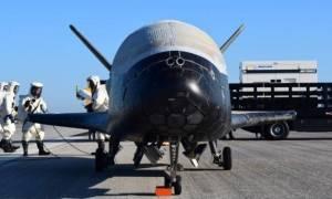 ΗΠΑ: Διαστημικό σκάφος ολοκλήρωσε μυστική αποστολή εκτός Γης και ακούστε πώς... προσγειώθηκε (vid)