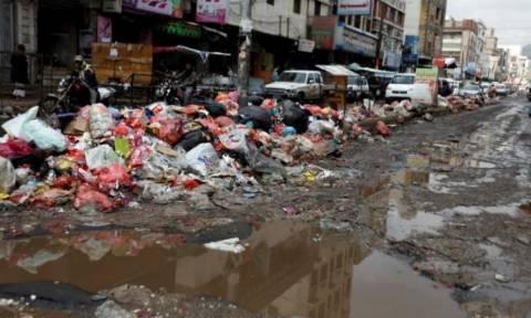 «Θερίζει» η χολέρα την Υεμένη: Τουλάχιστον 25 νεκροί
