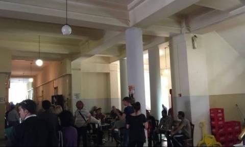 Ηράκλειο: Λιντσάρισαν τον πατέρα που κατηγορείται για τον βιασμό της κόρης του