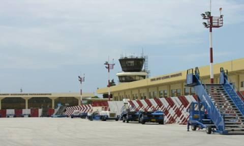 Τρόμος στη Σκιάθο: Γυναίκα χτύπησε υπάλληλο αεροδρομίου με σφυρί γιατί…