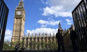 Εκλογές Βρετανία: Σημαντικό προβάδισμα των Συντηρητικών έναντι των Εργατικών σε νέα δημοσκόπηση