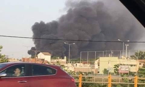 Μεγάλη πυρκαγιά στη Λάρισα: Πυκνοί καπνοί και αποπνικτική ατμόσφαιρα - Δείτε φωτογραφίες