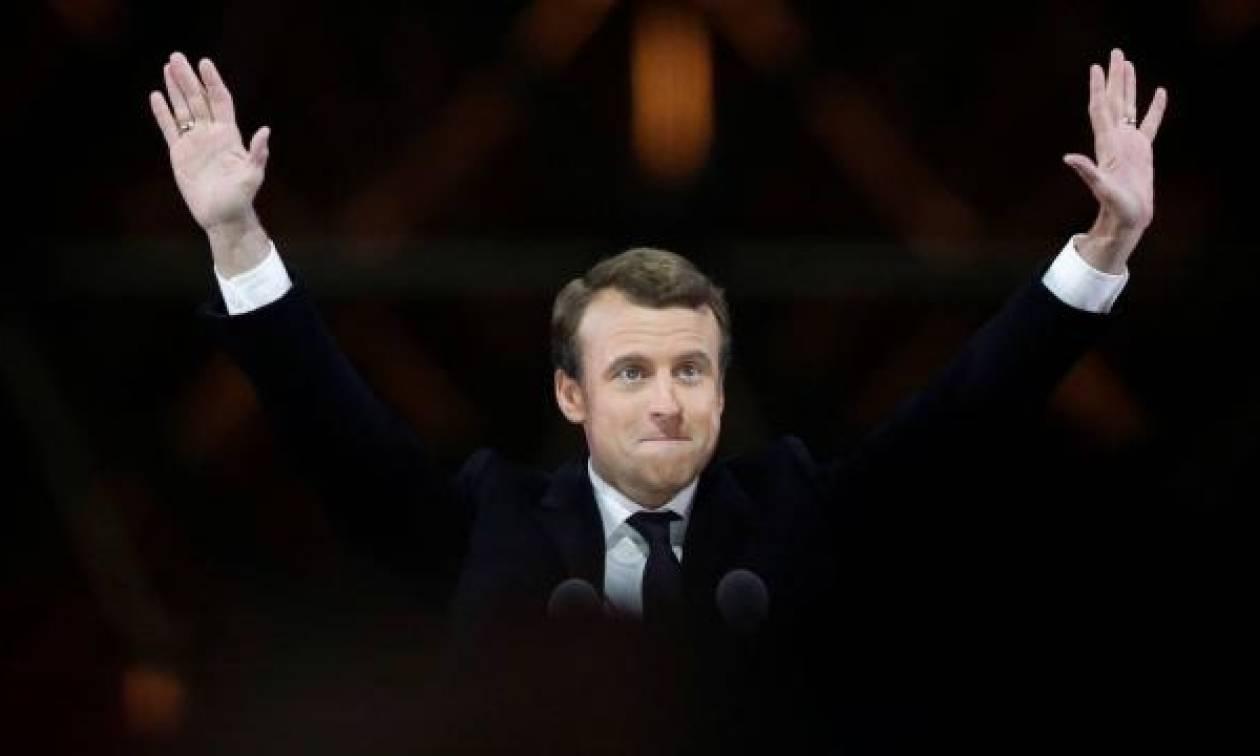 Όλα όσα χρειάζεται να γνωρίζετε για τον Εμανουέλ Μακρόν που ορκίζεται σήμερα Πρόεδρος της Γαλλίας