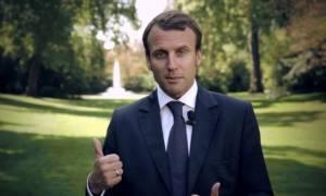 Γαλλία: Ο Μακρόν διορίζει νέο πρωθυπουργό