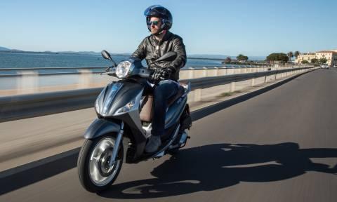Piaggio Medley: Το νέο σκούτερ που είναι εύκολο στην οδήγηση