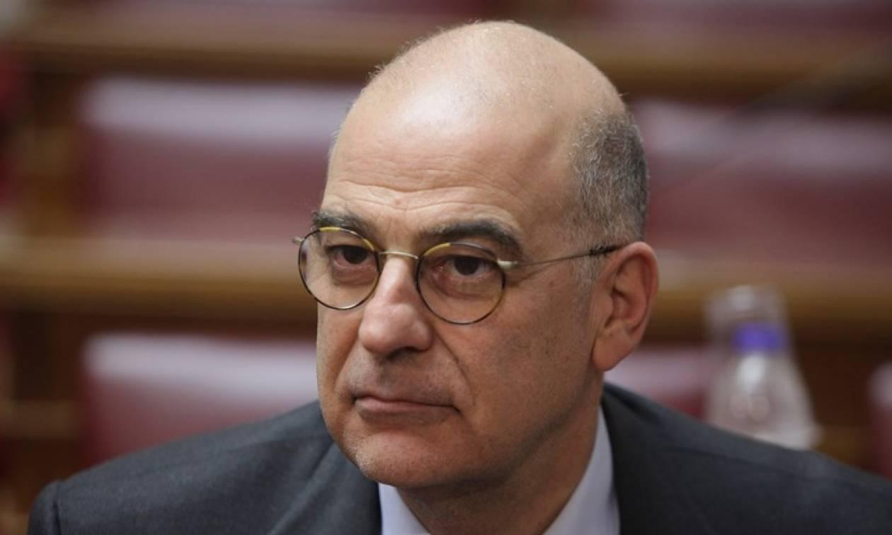 Βουλή: Τι είπε στους δημοσιογράφους ο Δένδιας για την εναντίον του επίθεση από τον Κασιδιάρη