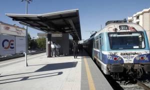 Προσοχή! Στάση εργασίας σε τρένα και προαστιακό την Τρίτη (16/5) λόγω πένθους