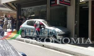 Πύργος: Αυτοκίνητο εισέβαλε σε κατάστημα