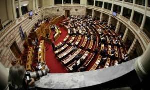 Βουλή : Κοινωνικοί φορείς προς κυβέρνηση: Να ντρέπεστε, μας εξαπατήσατε