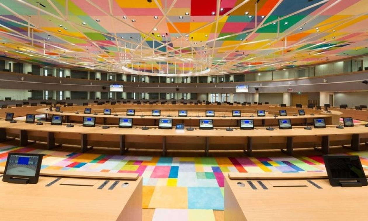 Αξιωματούχος Ευρωζώνης: Ούτε ευρώ στην Ελλάδα χωρίς την συμμετοχή του ΔΝΤ