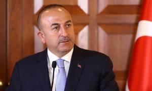 Τσαβούσογλου: Η Γερμανία δεν μπορεί να φέρεται σαν αφεντικό στην Τουρκία