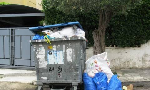 ΠΟΕ-ΟΤΑ: Τετραήμερο λουκέτο στους δήμους - «Μην κατεβάζετε σκουπίδια» ζητά ο Δήμος Αθηναίων
