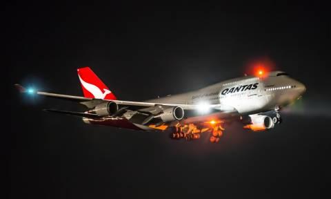 Τρόμος στον αέρα: Φωτιά σε κινητήρα αεροσκάφους με εκατοντάδες επιβάτες
