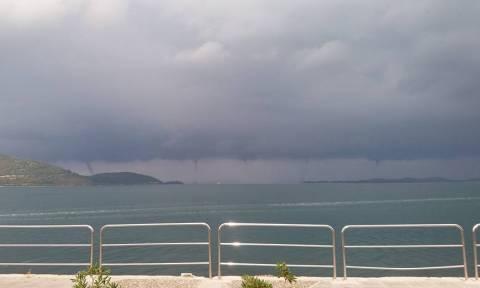 Εντυπωσιακό: Τέσσερις υδροστρόβιλοι ταυτόχρονα στην Ηγουμενίτσα! (pic)