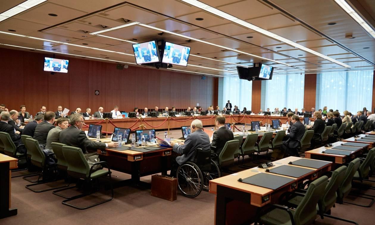 Eλληνικό χρέος - Eurogroup: Χαμηλά ο πήχης για την Ελλάδα, με φόντο τη διαμάχη Σόιμπλε - ΔΝΤ