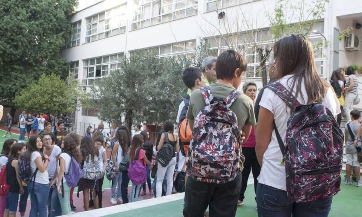 Πανελλαδικές 2017: Πότε θα καταργηθούν - Όλες οι αλλαγές σε Δημοτικό, Γυμνάσιο, Λύκειο