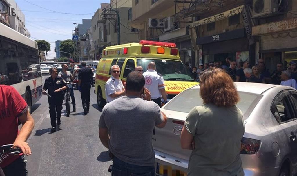 ΕΚΤΑΚΤΟ: Δολοφονική επίθεση με αυτοκίνητο Τελ Αβίβ λίγο πριν φθάσει ο Ντόναλντ Τραμπ (Pics)
