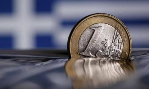 Bloomberg: Όλα τα πιθανά σενάρια για την ελάφρυνση του ελληνικού χρέους