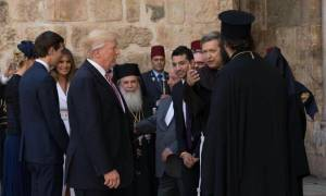 Το Newsbomb.gr με τον Ντόναλντ Τραμπ στον Πανάγιο Τάφο