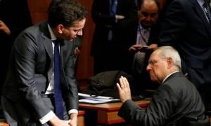 Θρίλερ στο Eurogroup για το ελληνικό χρέος: Εκρηκτικό κλίμα και όλα στον «αέρα»