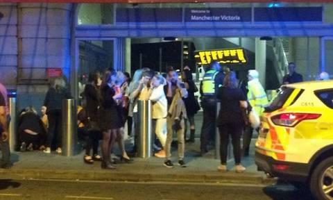 Έκρηξη στο Μάντσεστερ: 20 νεκροί σύμφωνα με τα διεθνή ΜΜΕ