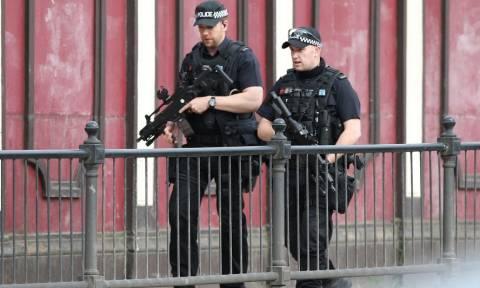 Έκρηξη Manchester: Συνελήφθη 23χρονος που σχετίζεται με την τρομοκρατική επίθεση (pics)