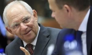Ο Σόιμπλε «βλέπει» συμφωνία με το ΔΝΤ για το θέμα του χρέους