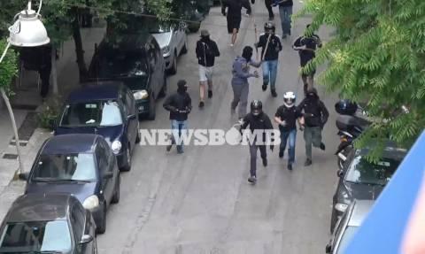Φοιτητικές εκλογές 2017: Βίντεο - ντοκουμέντο από την επίθεση των κουκουλοφόρων στο Χημείο