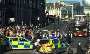 Συναγερμός στο Λονδίνο: Αποκλείστηκε η γέφυρα του Ουέστμινστερ (vid)