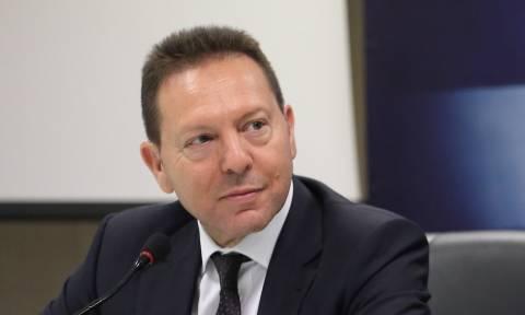 Τρομοκρατική επίθεση κατά Παπαδήμου - Στουρνάρας: Δεν θα καμφθεί το ηθικό μας