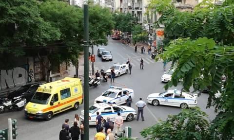 Τρομοκρατική επίθεση: Τον Λουκά Παπαδήμο επισκέπτεται στον Ευαγγελισμό ο Προκόπης Παυλόπουλος