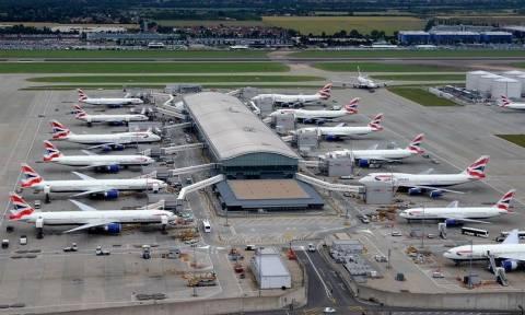 Αεροδρόμιο Χίθροου: Δεν έχουν αποκατασταθεί πλήρως οι πτήσεις της British Airways