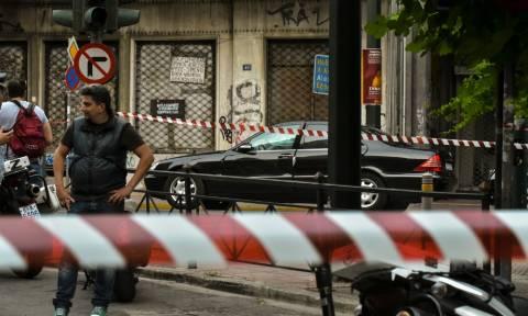 Τρομοκρατική επίθεση Παπαδήμος: Σε θήκη CD η βόμβα, σύμφωνα με τη γυναίκα του