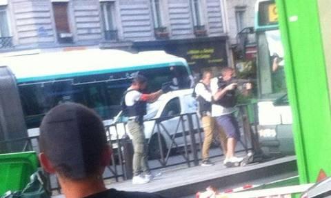 Συναγερμός στο Παρίσι: Άνδρες απείλησαν να ανατινάξουν λεωφορείο (pics)