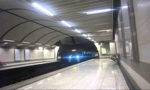 Κλειστοί οι σταθμοί του μετρό «Ν. Κόσμος» και «Άγ. Ιωάννης» - Άνδρας μέσα στο τούνελ