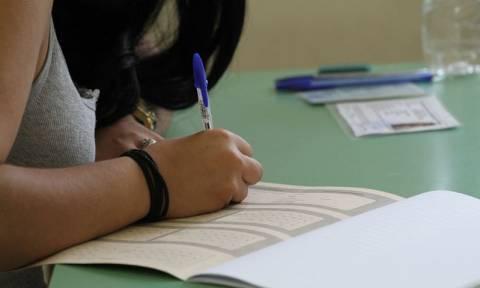 Πανελλήνιες 2017: Γραμμή ψυχολογικής υποστήριξης για τους υποψηφίους