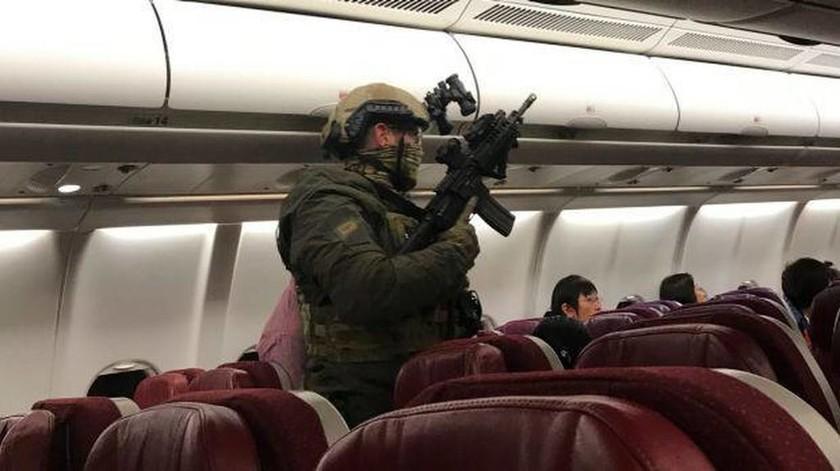 Τρόμος στον αέρα: Αεροπειρατής απειλούσε να ανατινάξει αεροπλάνο