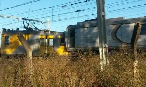 Σύγκρουση τρένων στο Γιοχάνεσμπουργκ - Τουλάχιστον ένας νεκρός (pics)