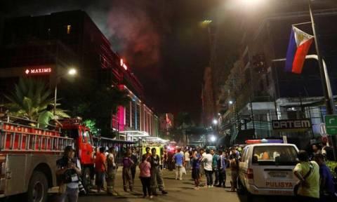 Μακελειό στις Φιλιππίνες: Δεκάδες νεκροί σε καζίνο από ένοπλη επίθεση (pics+vids)