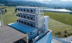 Αυτό είναι το πρώτο εργοστάσιο που ρουφά διοξείδιο απευθείας από την ατμόσφαιρα και μετά… το πουλάει