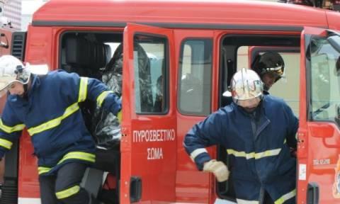 Συναγερμός στην Αττική Οδό για φωτιά σε απορριμματοφόρο