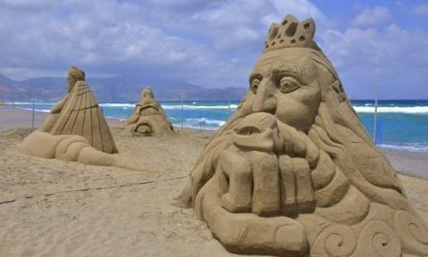 Εκπληκτικά γλυπτά από… άμμο στην Αμμουδάρα (pics)