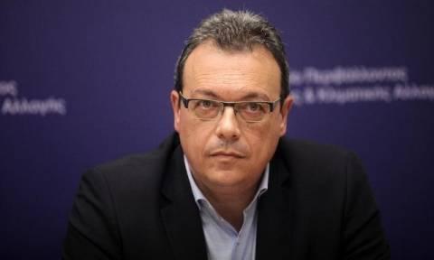 Κατηγορηματικός ο Φάμελλος: Καμία επιπλέον επιβάρυνση στην τιμή του νερού