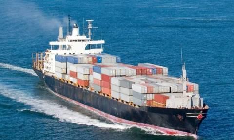 Προσωρινά κρατούμενος ο πλοίαρχος φορτηγού πλοίου που μετέφερε εκρηκτικά