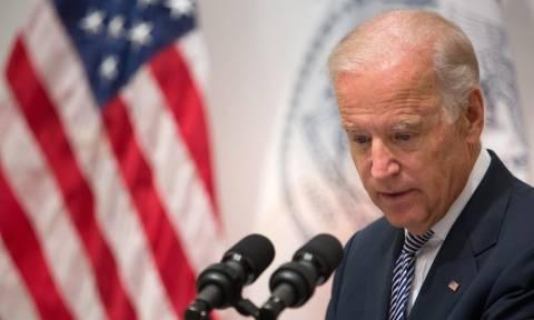 Τζο Μπάιντεν: Ο Ομπάμα κι εγώ θέλαμε να αποτρέψουμε την οικονομική κατάρρευση της Ελλάδας